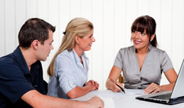 projure bietet Ihnen online Rechtsauskunft & telefonische Rechtsberatung.