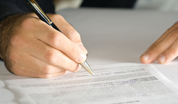 projure hilft bei Vertragsrecht, Verträge, Kaufvertrag, Werkvertrag & Garantie.